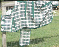 "75"" OF Defender Deluxe Fly Sheet w/Belly Band Turnout Fly Sheet Protective Sheet HG/Tan Plaid"