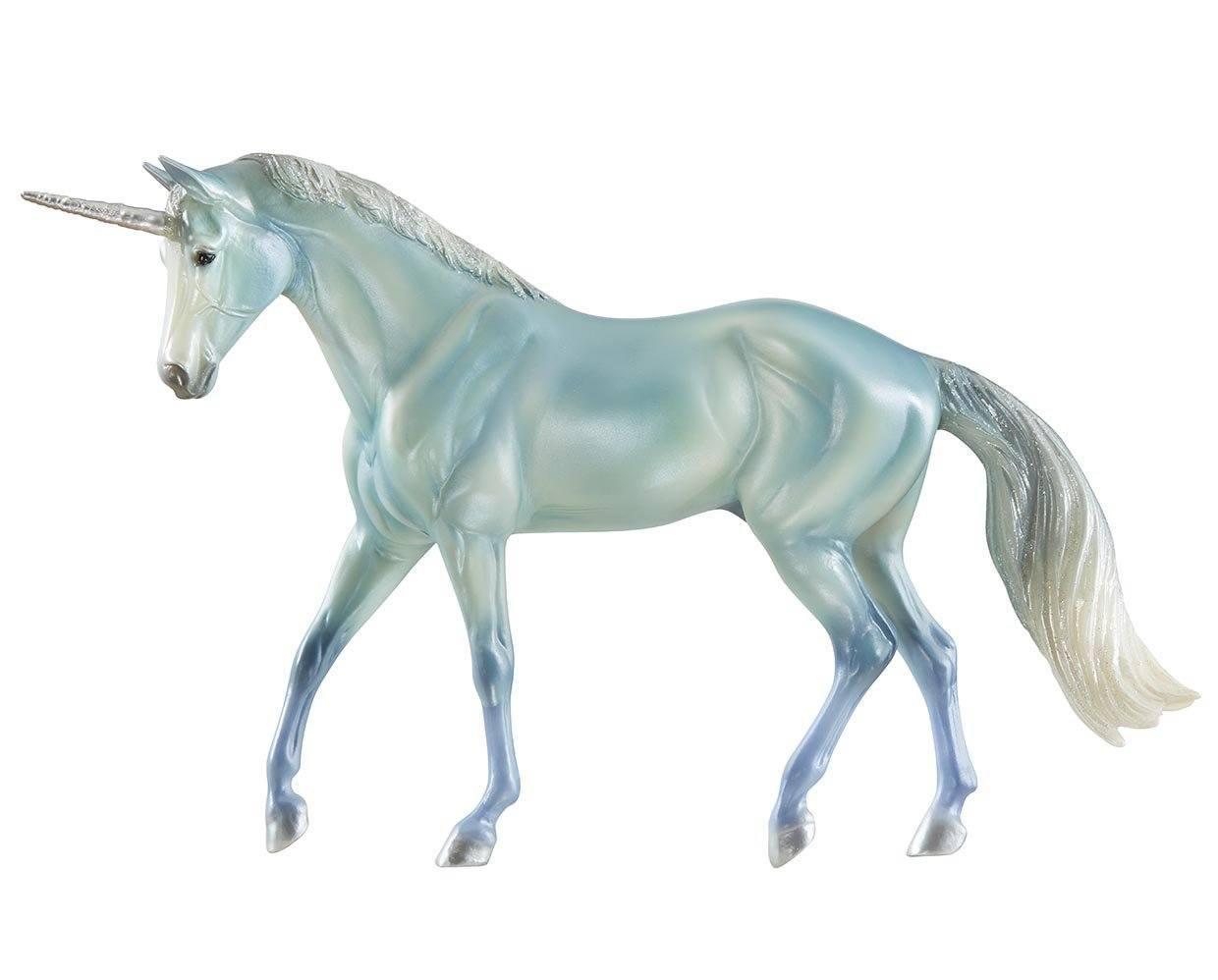 #62060 Le Mer Unicorn of the Sea Pearly Seafoam Classic Freedom Stock Horse Gelding