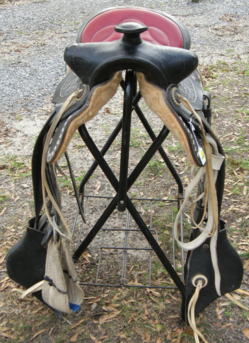 "15"" Red Seat Black Western Parade Saddle & Bridle Set with ""Silver"" Diamond Trim & Tapaderos"