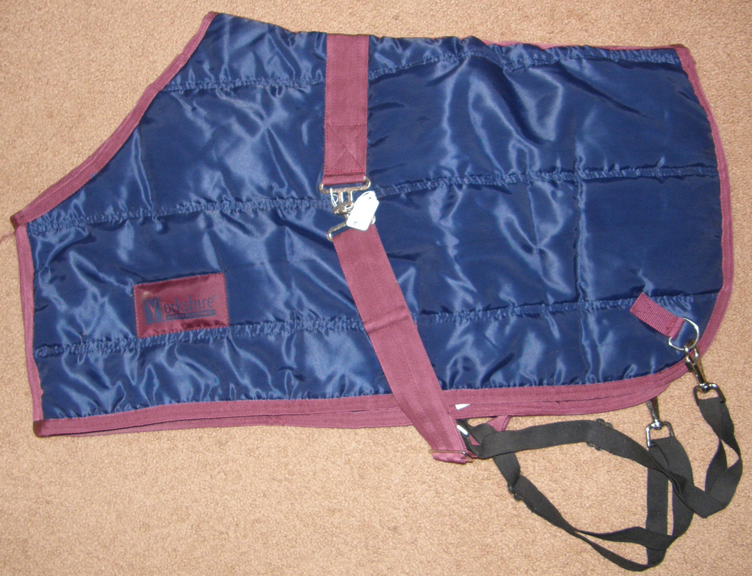 "32"" CF Millers Yorkshire Quilted Foal Blanket Miniature Horse Blanket Turnout Style Winter Stable Blanket Navy/Burgundy"