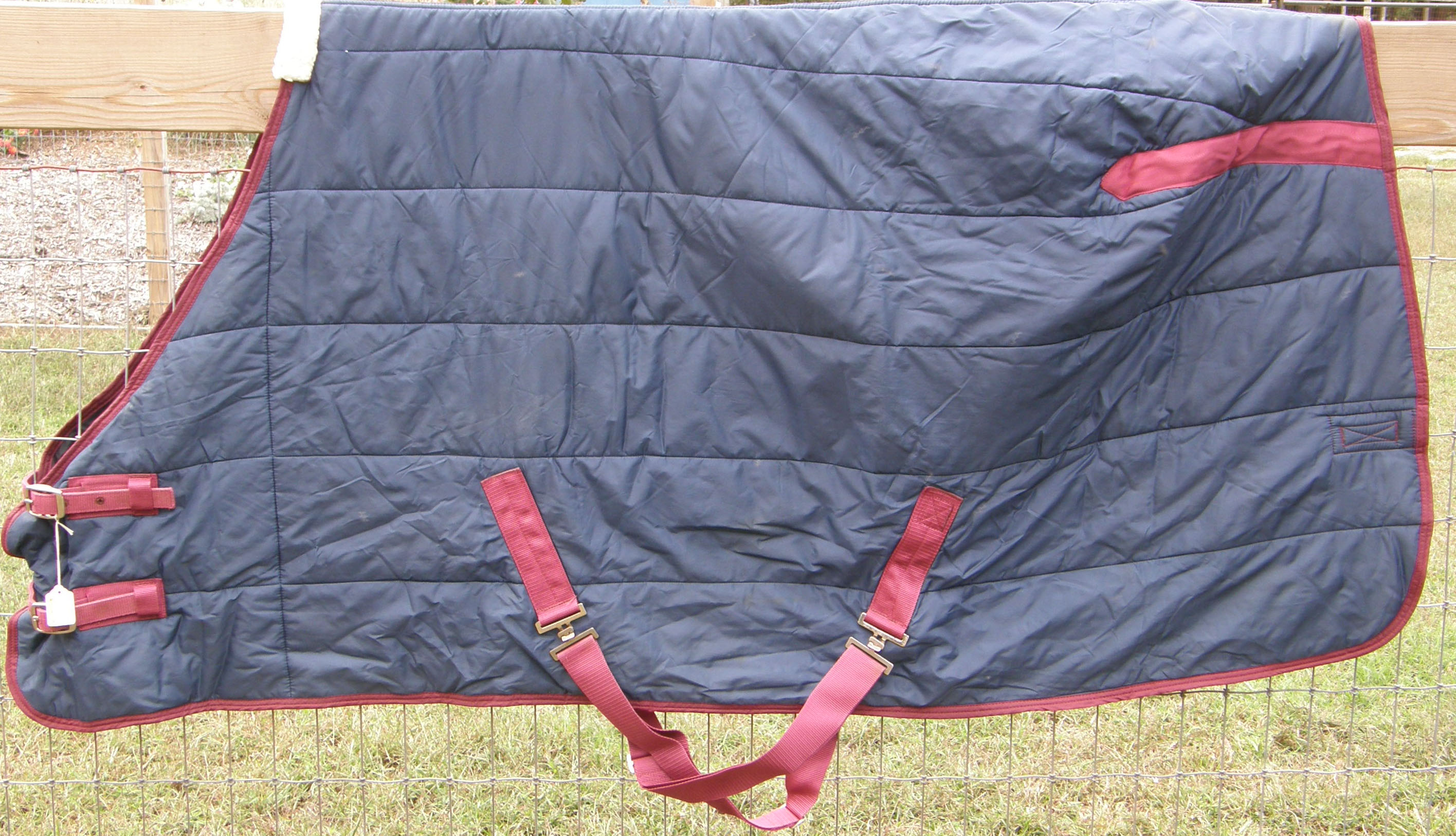 "68"" OF MacIntosh Quilted Stable Blanket Winter Blanket Horse Navy Blue/Burgundy"