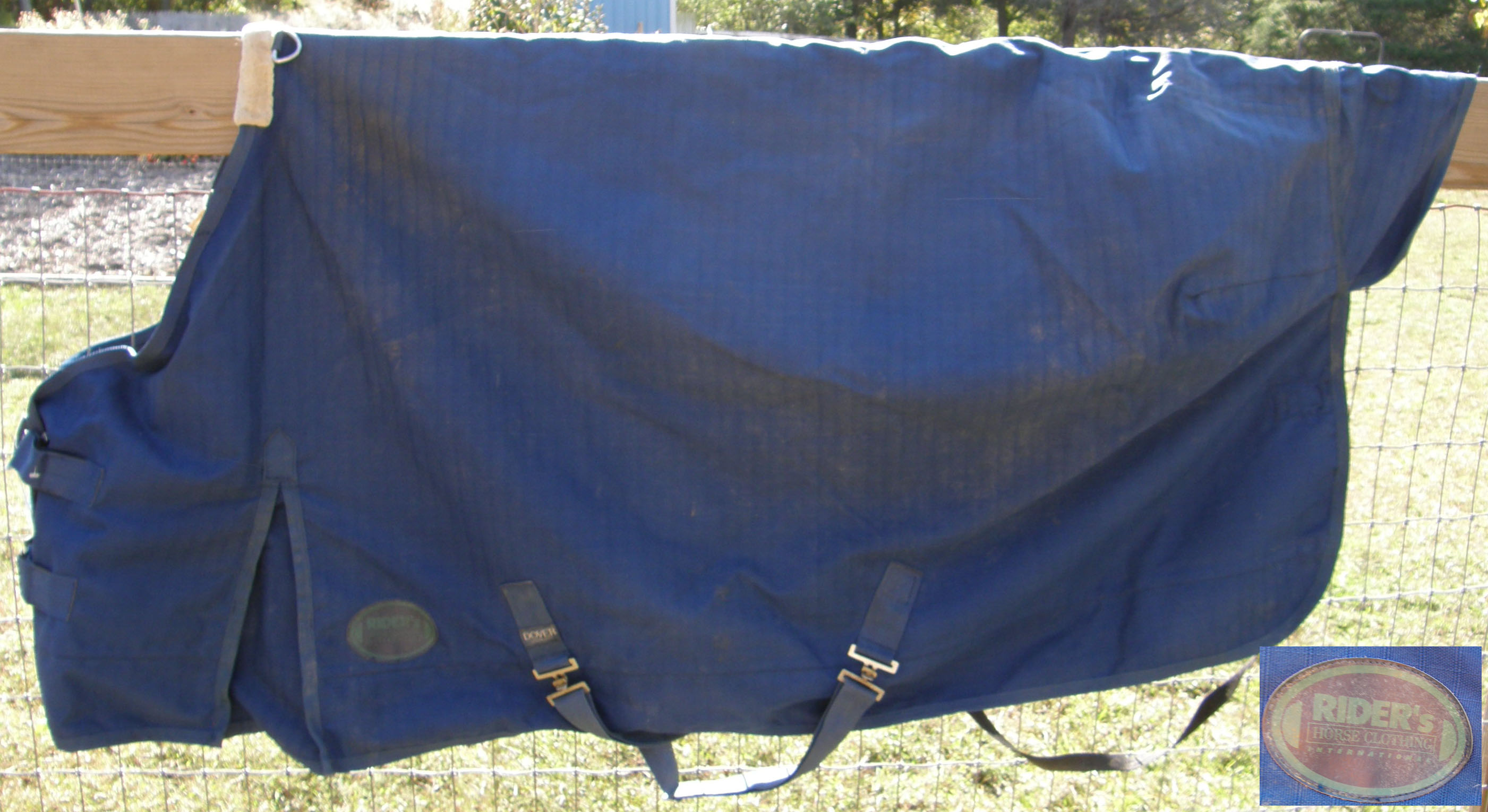 "66"" - 68"" OF Dover Riders Water Repellant Turnout Style Sheet Small Horse Sheet Navy Blue"