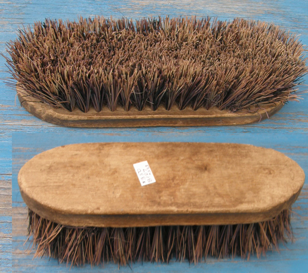 Stiff Natural Fiber Dandy Brush Mud Brush Extra Stiff Brush Horse Grooming Brush
