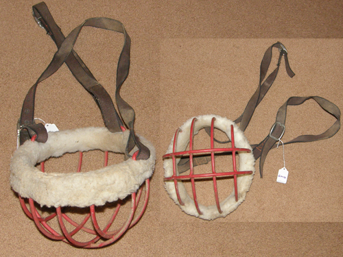 Wire Grazing Muzzle Freedom Bar Muzzle Horse Muzzle with Headstall Red