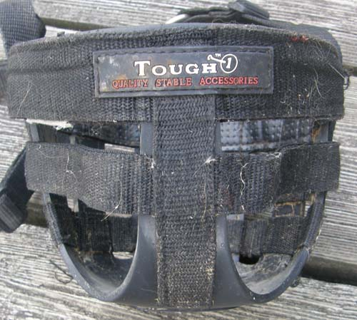 Tough-1 Easy Breathe Grazing Muzzle Headstall Grazing Muzzle Attached Safety Halter Breakaway Crown Horse